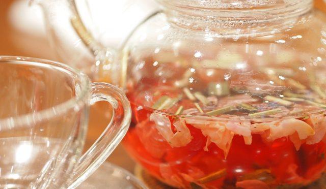 春分です。この時期のリセットに、おススメの薬草茶